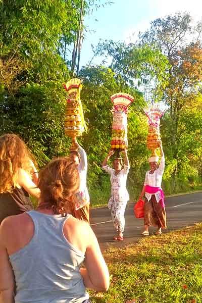 ceremonie-offrandes-bali
