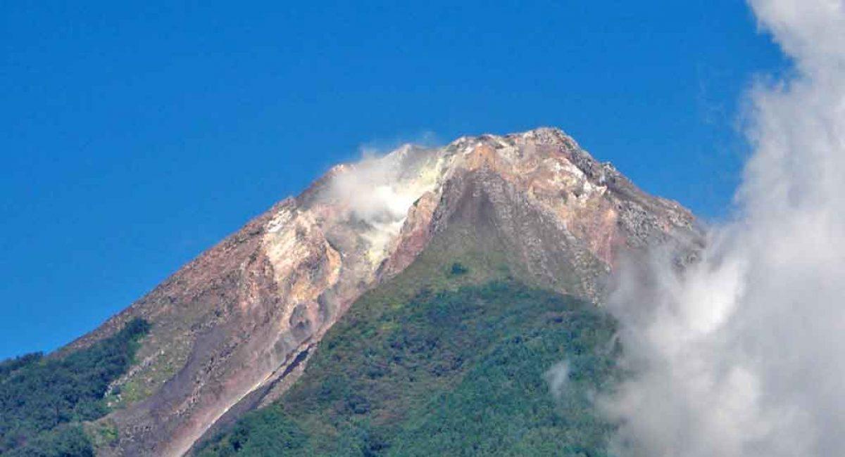 voir-volcan-indonesie