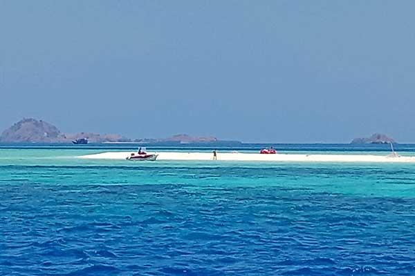 pulau-maumere